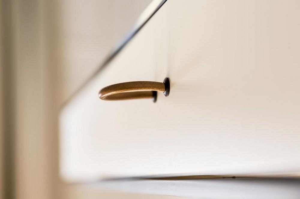 arredamento parisii luxury relais roma particolare costruzione cassetto scrivania
