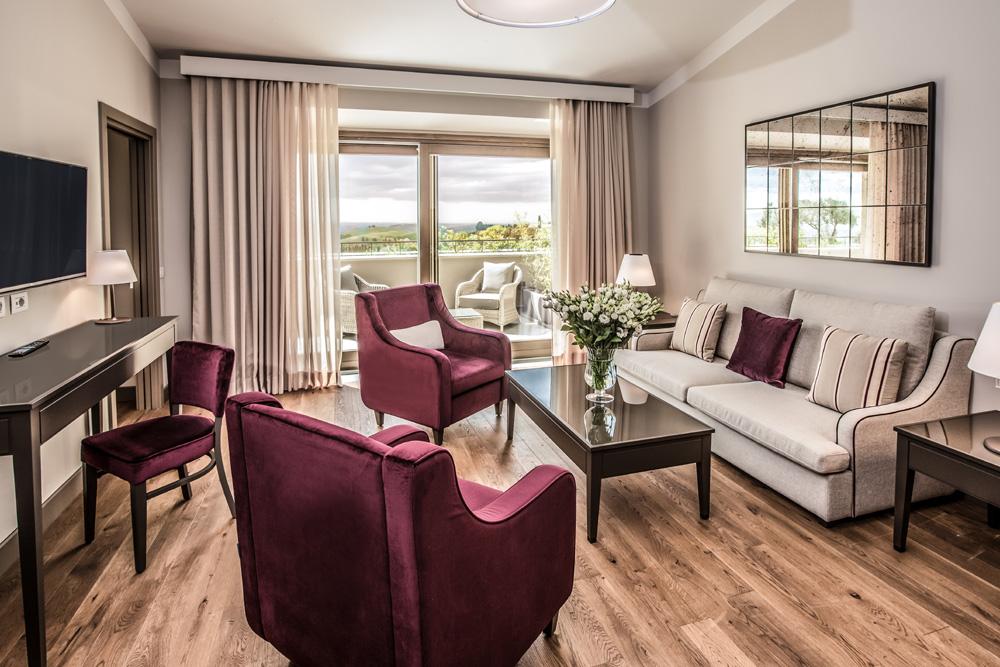 arredamento per hotel toscana castelfalfi resort esempio di suite